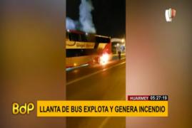 Huarmey: Llanta de bus explota y genera incendio