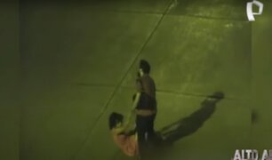 Expuestas al peligro: mujeres ebrias son captadas por cámaras de seguridad