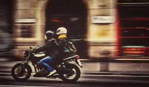 Motociclistas rechazan proyecto de ley que prohíbe transitar con dos ocupantes