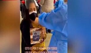 SMP: joven fue a vacunarse con la foto de su abuelita que falleció por Covid-19
