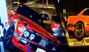 Conductor que presuntamente realizaba piques ilegales se despistó en la Costa Verde