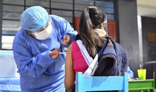 Minsa suspende vacunación a adolescentes de 12 a 19 años en Tacna y Cusco