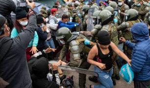 Chile: violento desalojo de migrantes irregulares deja al menos un herido y cinco detenidos