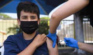 VacunaFest: cientos de jóvenes mayores de 23 años se inmunizan contra la Covid-19