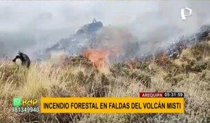Arequipa: incendio forestal se registró en faldas del volcán Misti