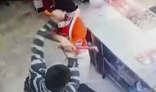 VES: delincuente intentó robar pizzería y fue atacado a martillazos por trabajador