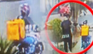 Falso repartidor roba celular a joven distraído en Surco