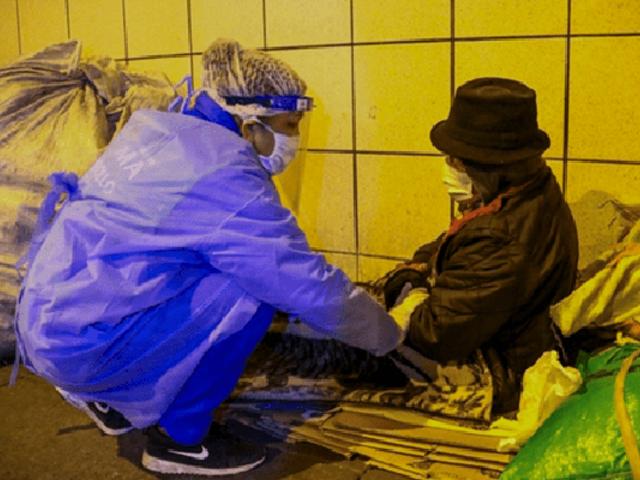 Covid-19: inmunizaron a  decenas de personas en situación de calle en el Centro de Lima