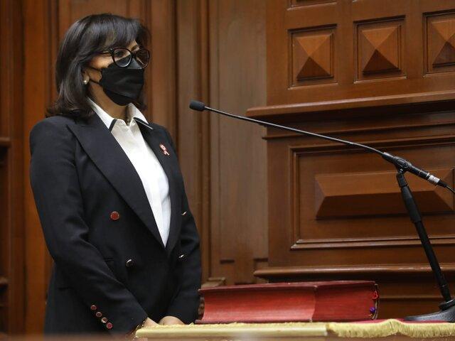 María Jáuregui sobre entrega del cadáver de Guzmán: El presidente debió quedarse en Lima a resolver el problema