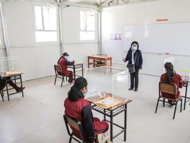 Colegios de Chorrillos y Miraflores inician clases semipresenciales esta semana