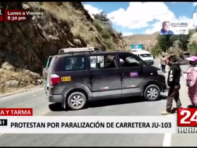 Junín: bloquean carretera en protesta contra gobierno regional
