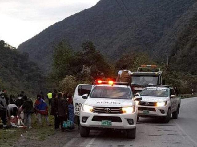 Puno: tres heridos de consideración deja caída de bus interprovincial a abismo