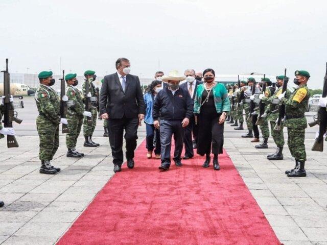Presidente Pedro Castillo arribó a México y participó en cumbre presidencial