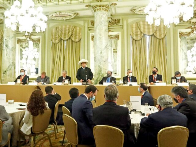 Pedro Castillo se reunió con empresarios y pidió invertir en el Perú con confianza y sin dudas