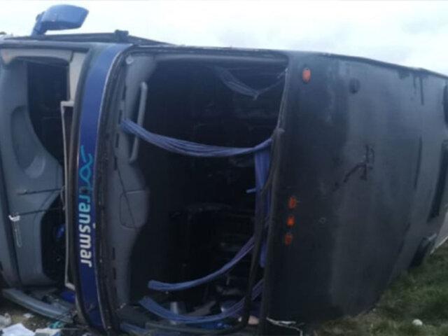 Pasco: seis heridos de consideración dejó despiste y volcadura de bus interprovincial