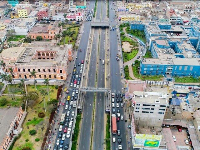 Vía Expresa Grau: Amplían autorización para circulación de taxis y autos particulares