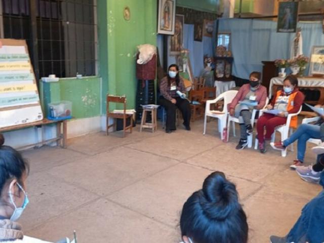 Cusco: internas del penal Mujeres participan en plan de formación de emprendimiento