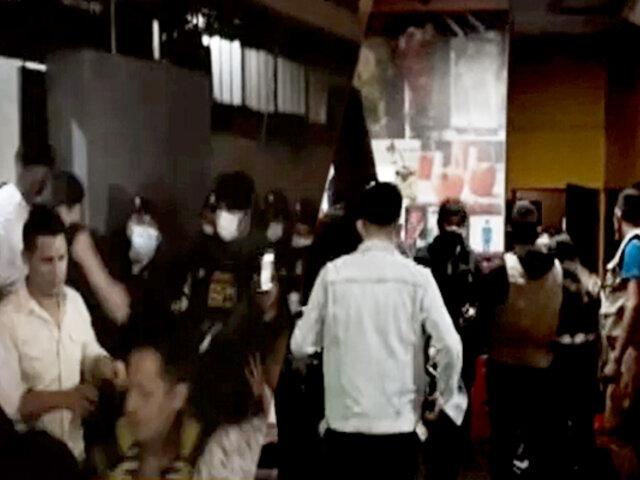 Trujillo: intervienen a más de 100 'covidiotas' en operativo a restobares y discotecas