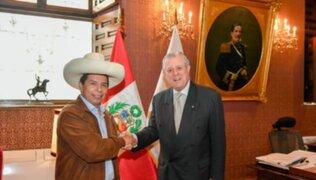Pedro Castillo se reunió con Óscar Maúrtua para abordar temas de política exterior