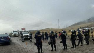Cusco: pobladores bloquearon Corredor Minero del Sur en Espinar y pidieron la renuncia de Bellido