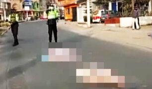 Sujetos arrojan cadáver desde una mototaxi y huyen