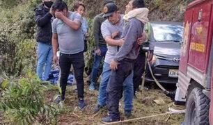Tragedia en el Cusco: al menos dos muertos y 19 heridos deja caída de combi a abismo