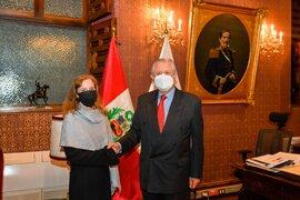 Estados Unidos aceptó a Oswaldo de Rivero como embajador peruano en Washington