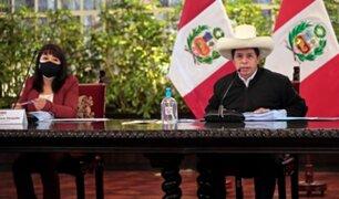 Pedro Castillo encabeza junto a Mirtha Vásquez sesión del Consejo de Ministros
