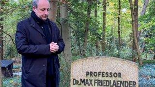 Conmoción en Alemania por entierro de neonazi junto a académico judío