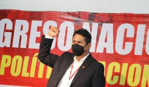 Defensoría pide a Perú Libre evitar acoso político contra militantes Dina Boluarte y Betssy Chávez
