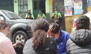 Cercado de Lima: sujeto fue apuñalado y degollado tras fuerte pelea con vecino en una fiesta