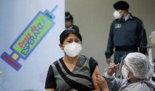 Bolivia inició aplicación de una tercera dosis contra la covid-19 para mayores de 18 años