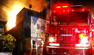 Fuga de gas provoca incendio en vivienda de La Victoria
