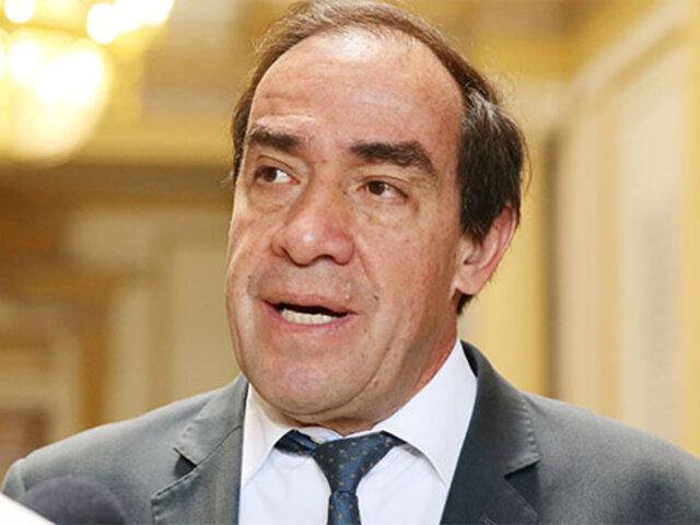 "Lescano califica de ""error"" retirar a Juan Carrasco del Ministerio del Interior"