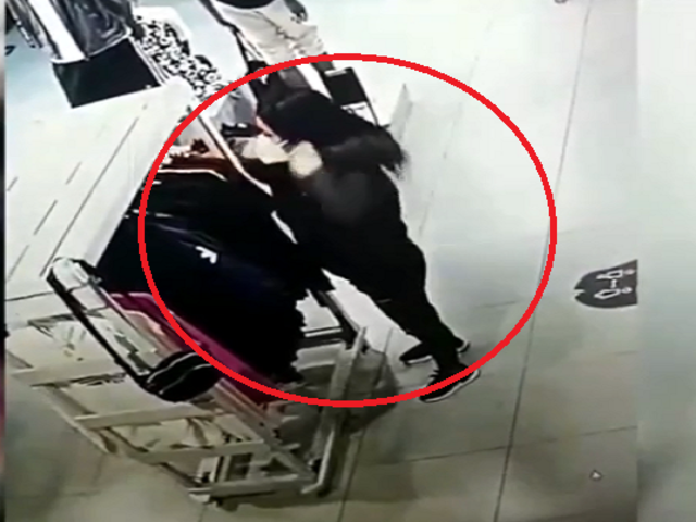 Lima Norte: capturan a mujer que robaba prendas de vestir en centros comerciales