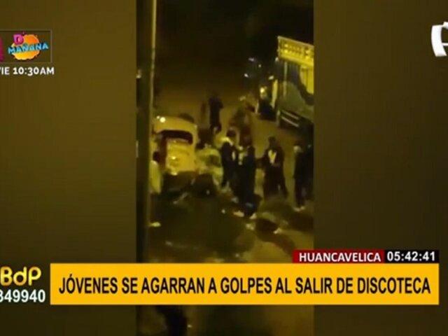 Huancavelica: jóvenes se agarran a golpes tras salir de discoteca