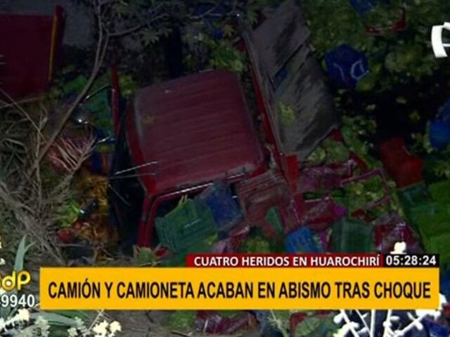 Choque en Huarochirí: cuatro heridos dejó caída de dos vehículos a abismo