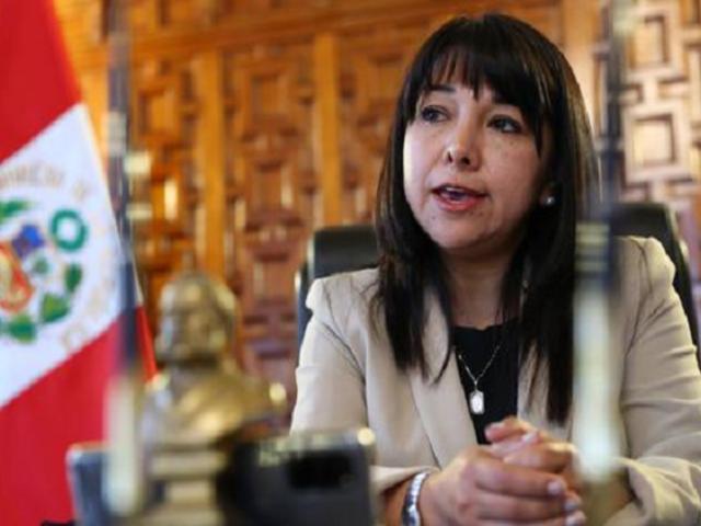 Primera ministra Vásquez se reúne con bancada de Somos Perú