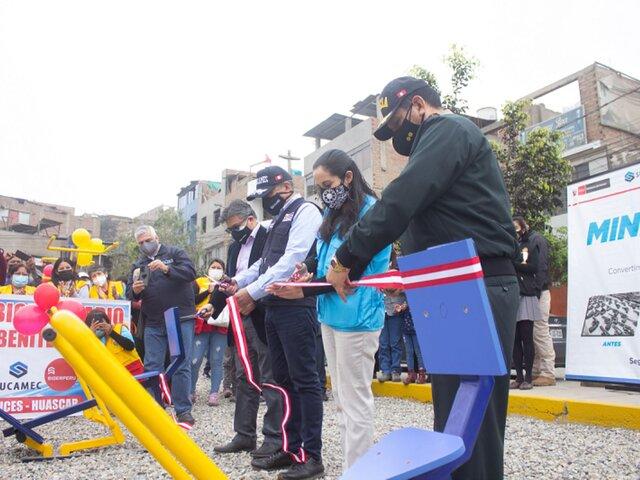SJL: inauguran juegos recreativos y mini gimnasios con armas fundidas