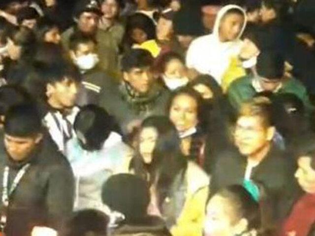 Covid-19: cientos de personas bailaban y bebían licor en aniversario de distrito huancaíno