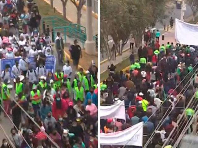 SJL: vecinos marchan contra Sedapal por aniego que los dejó sin agua y cobros excesivos