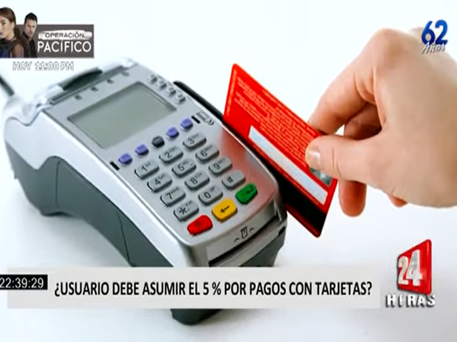 ¿Usuarios deberían asumir el 5% por pagos con tarjetas?