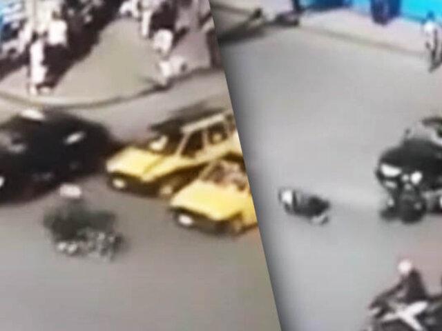 Impactante: motociclista choca aparatosamente con auto en Chimbote