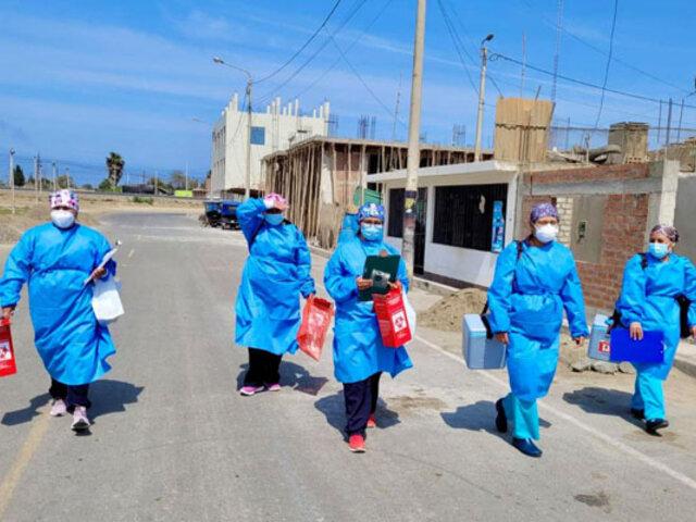 Huarmey: brigadas de salud refuerzan inmunización contra el coronavirus casa por casa