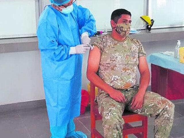 Tacna: policías y militares recibirán tercera dosis contra la Covid-19 en noviembre