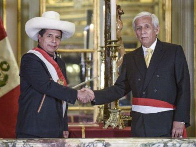 Minem ocultaría visitas de hermano del ministro Eduardo González Toro