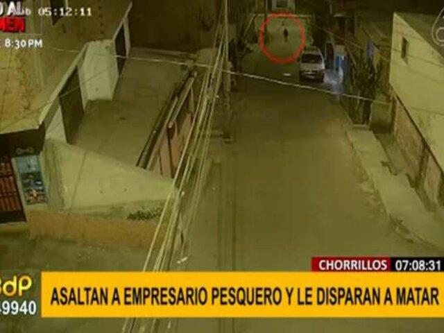 Chorrillos: asaltan y disparan a empresario pesquero en la puerta de su casa