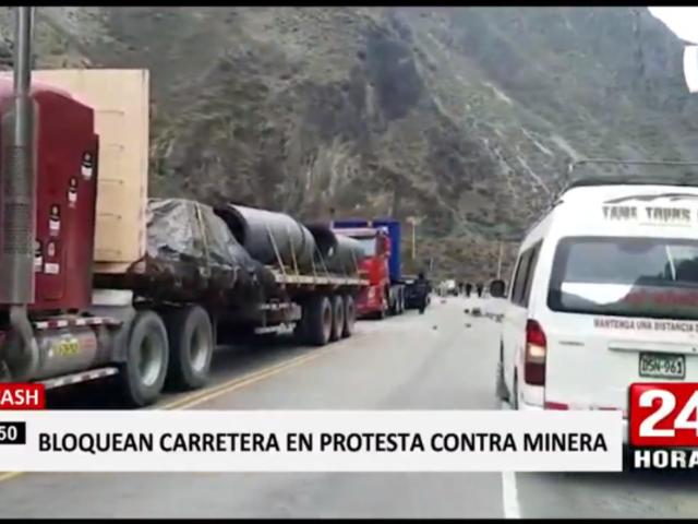 Áncash: comunidad campesina toma carretera en protesta contra Antamina